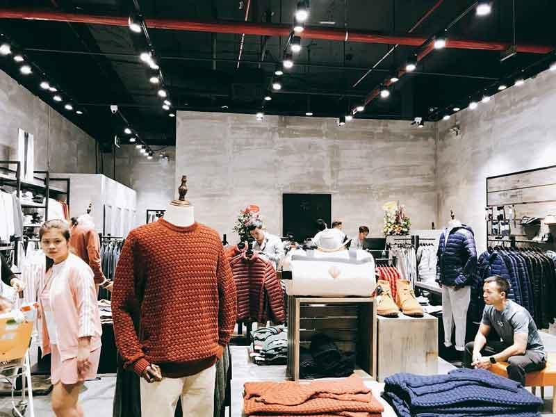 Loa cho cửa hàng quần áo