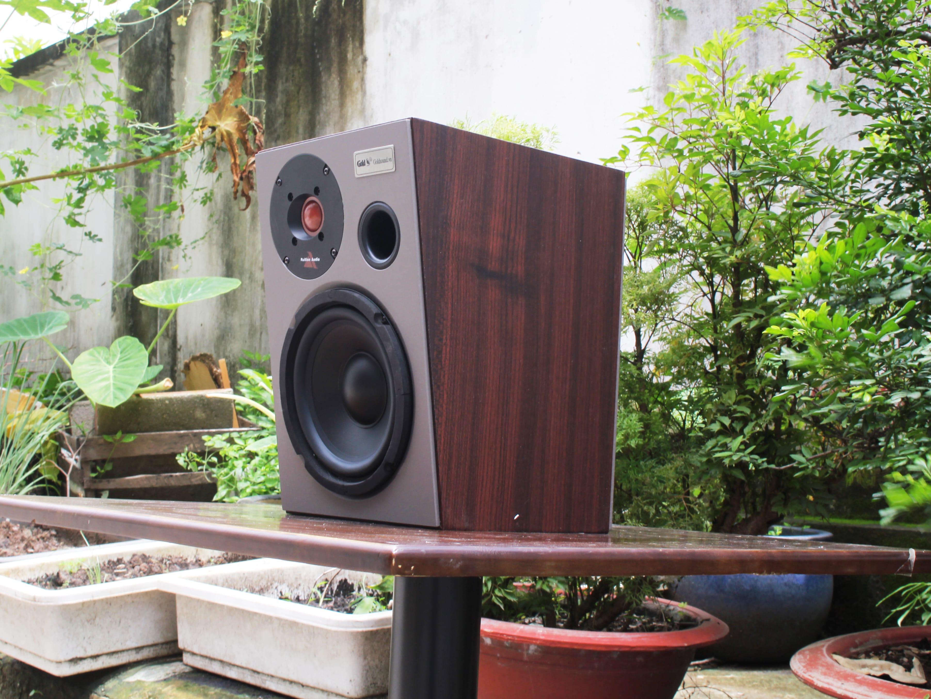 """Giải pháp loa cà phê """"đặc trị""""-Chuyên Setup âm thanh cho quán cà phê"""