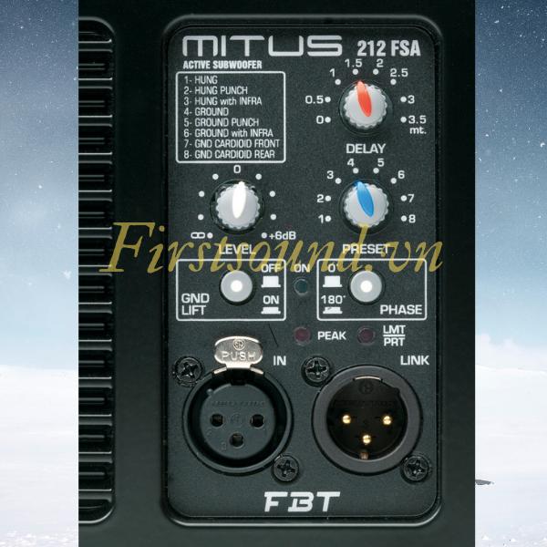 Mặt sau của loa FBT MITUS 212FSA có đầy đủ jack cắm và volume điều chỉnh