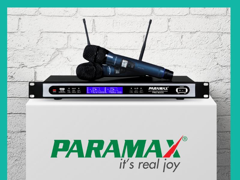 Micro là thành phần không thể thiếu trong dàn karaoke gia đình