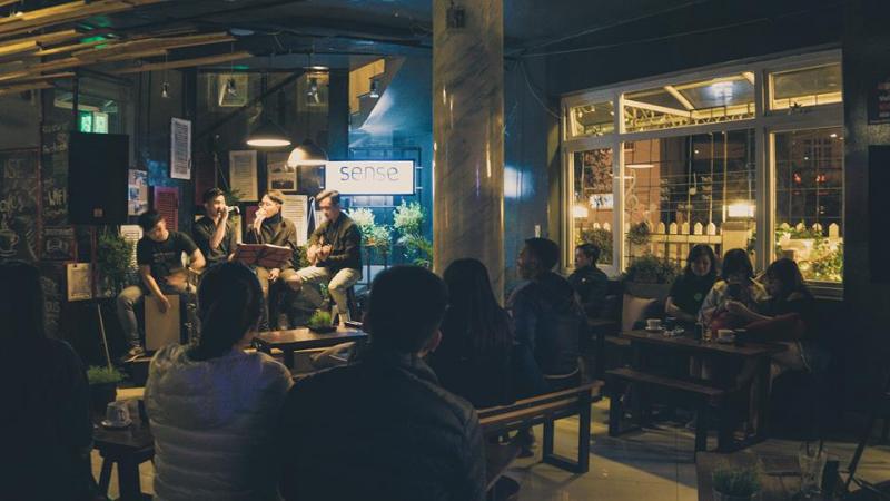 Loa cho quán cafe của Firstsound lắp đặt tại SENSE COFFEE