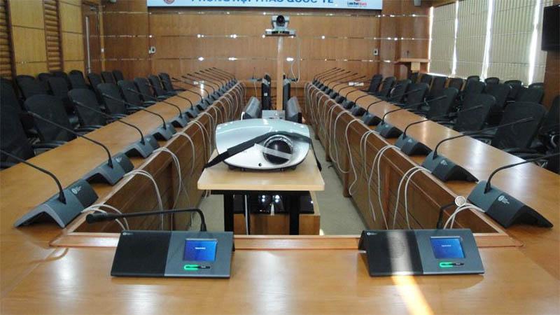 Thiết bị âm thanh phòng họp cho trung tâm hành chính quận 2