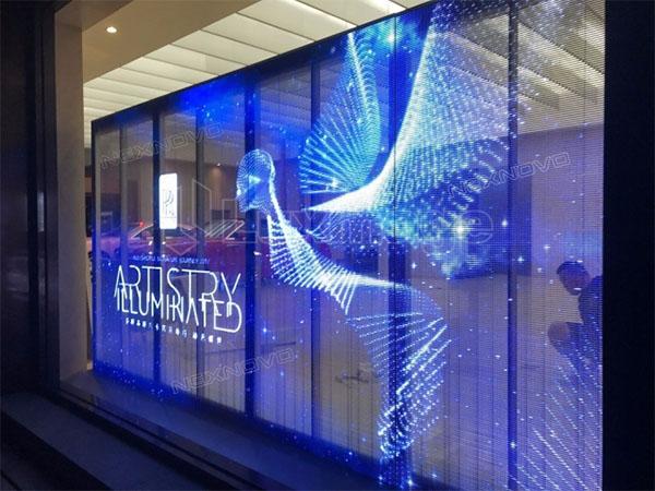 Màn hình led trong suốt được ứng dụng nhiều trong quảng cáo tòa nhà
