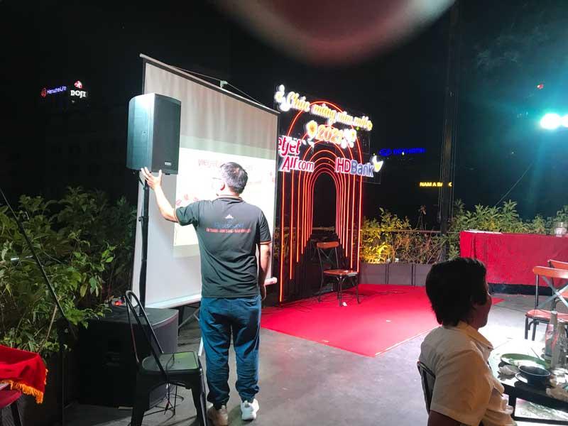 Dịch vụ cho thuê âm thanh ánh sáng của Firstsound tại tiệc của Vietjet Air