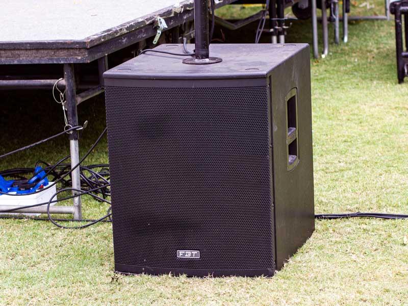 Sub sân khấu FBT Xsub-15A