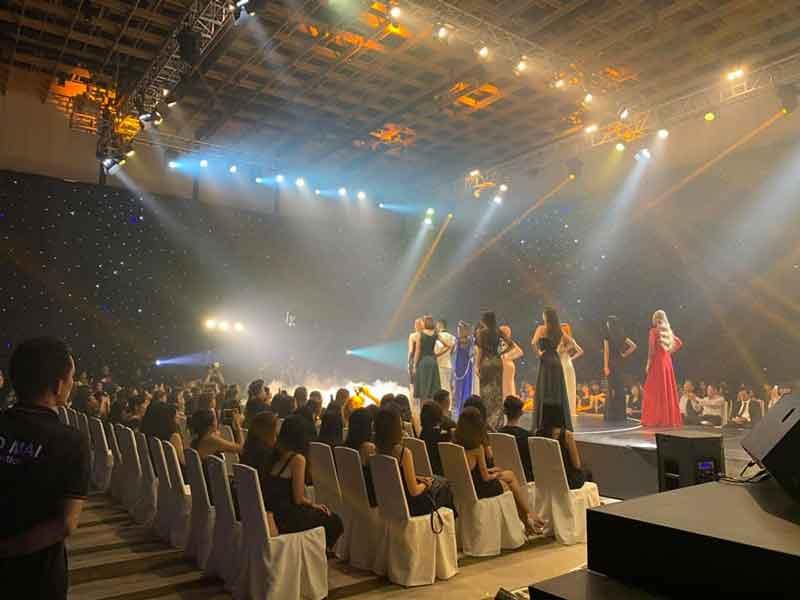 Dịch vụ cho thuê âm thanh ánh sáng sự kiện của Firstsound tại sự kiện biểu diễn thời trang