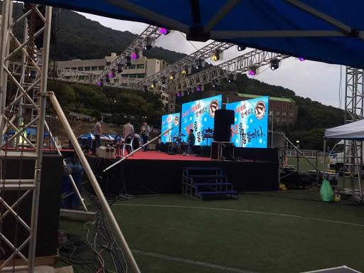 Thuê màn hình led sân khấu HCM - Giá thuê màn hình led P3, P4, P5