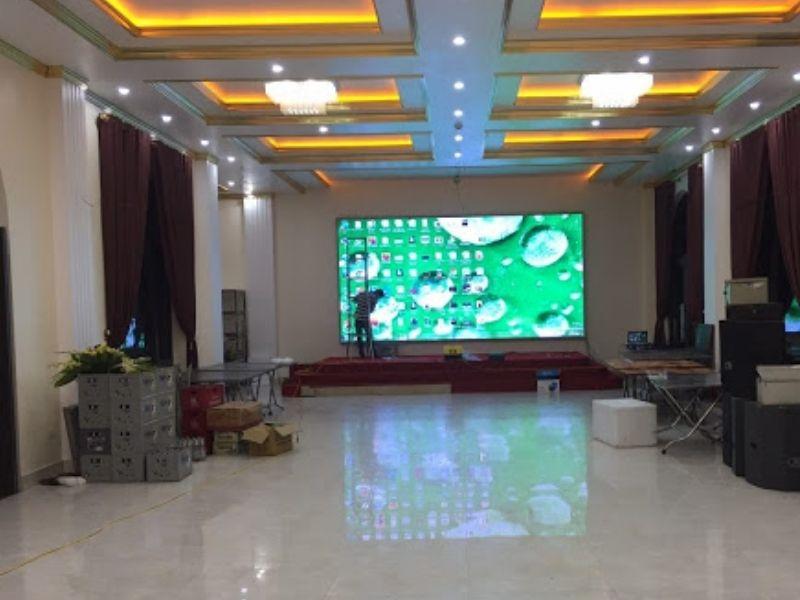 Gía màn hình led sân khấu đám cưới tuy cao nhưng vẫn nhận được sự ưa chuộng của khách hàng