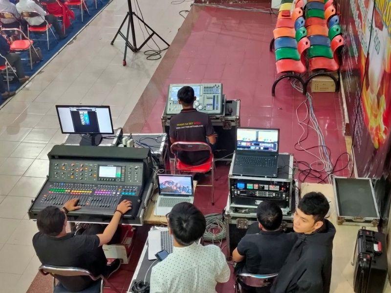 Kỹ thuật điều chỉnh thiết bị âm thanh tại trường FBT
