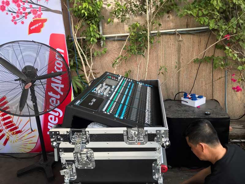Hệ thống âm thanh ánh sáng của Firstsound tại tiệc chiêu đãi Vietjet