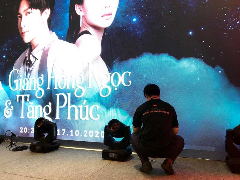 Kỹ thuật viên của Firstsound tại show của Tăng Phúc và Giang Hồng Ngọc-8