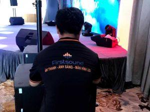Kỹ thuật viên của Firstsound tại show của Tăng Phúc và Giang Hồng Ngọc-7