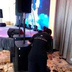Kỹ thuật viên của Firstsound tại show của Tăng Phúc và Giang Hồng Ngọc-5