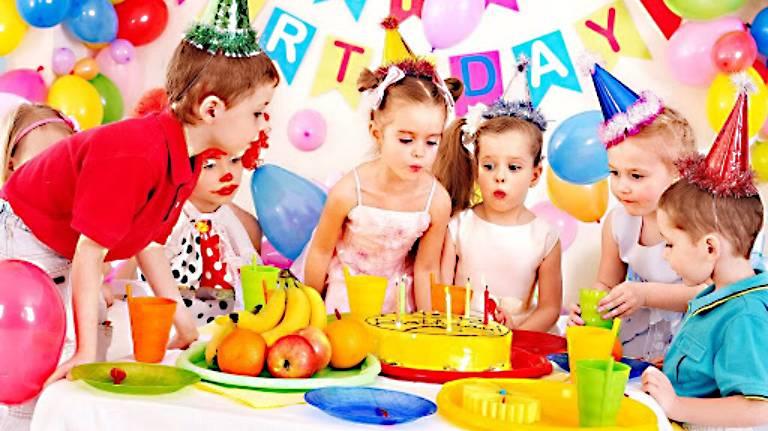 Dịch vụ tổ chức sinh nhật cho bé tại nhà