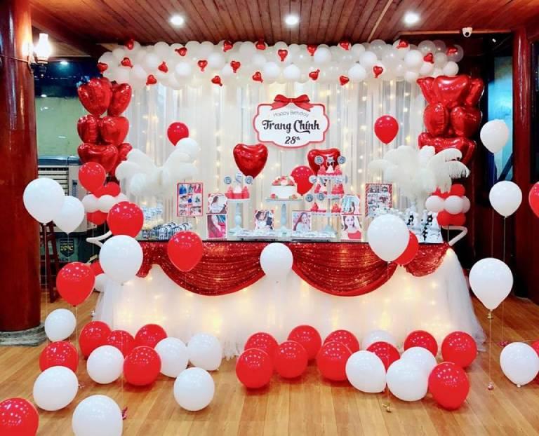 Dịch vụ trang trí tiệc sinh nhật cho người lớn