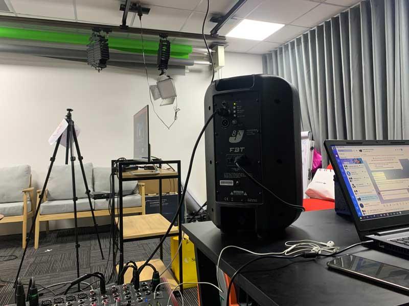 Cho thuê thiết bị livestream của Firstsound-4